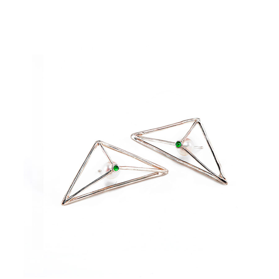 copia-di-foto-dettaglio-orecchini-argento-tormalinaverde