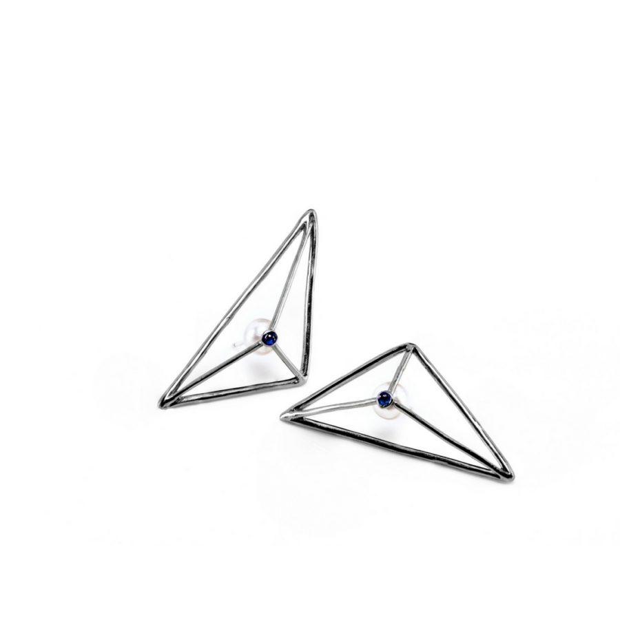 prismatic_wire_earrings_ruthenium_blu_pearl
