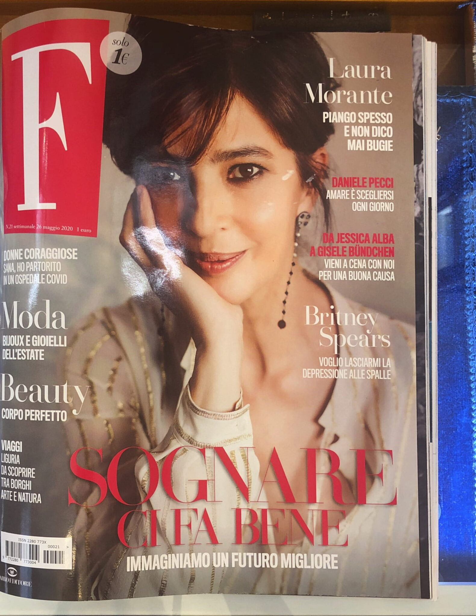 F. Magazine Co.Ro. Jewels